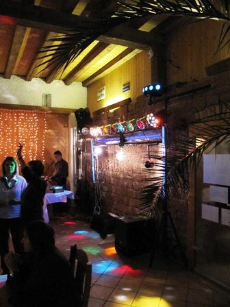 Mobile Discothek mit Licht- und Sound + Einrichtung Tanzlokal zu verkaufen