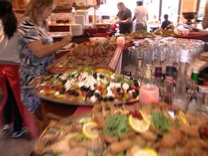 Restaurant Buffet Ladenburg Fodys Sonntag Familie - Frühstück Mittagessen Nachtisch