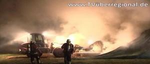 Feuerwehr Flächenbrand Strohballen Feuer