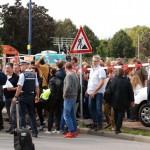 Grossfahndung Polizei-Masseneinsatz – Verkehr kollabiert – Riesiger Presseauflauf