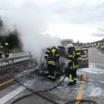 Ketsch: Autobrand in Baustelle auf der BAB 6 – Fahrer unverletzt