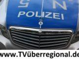Sinsheim – Waibstadt / Pkw kracht allein beteiligt gegen einen Baum / zwei Personen leicht verletzt