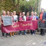 Cafe Spontan übergibt Spende für Nothilfe Reilingen