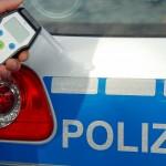 Nußloch: Betrunkene Autofahrerin fährt gegen Auto und flüchtet vom Unfallort