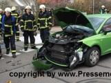 Ein Verletzter nach Verkehrsunfall etwa 30.000.- Euro Sachschaden