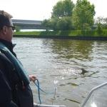 Ilvesheim – Polizisten der Wasserschutzpolizei Heidelberg befreien Reh aus lebensbedrohlicher Lage