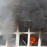 Videobericht – Grossbrand in Fürth / Odw – Liveaufnahmen – Bahnhofstraße Ecke Heppenheimerstrasse