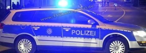 PKW-Fahrer gefährdet Feuerwehrmann nach Brandbekämpfung; Schussabgabe durch Polizeibeamten