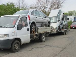 Hockenheim - A 61 - Verkehrsunsicheres Lkw-Anhängergespann aus dem Verkehr gezogen - Polizeimeldung