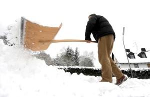 Schnee, glätte, kaltes wetter, glatteis, gefahr, wetterwarnung, winter,wintereinbaruch,tvüberregional,