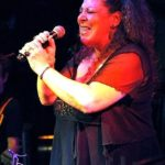 MO ROOTS Music Session mit Susan Horn und Special Guests Vita Helena Paul am 6. Dezember 2016 Beginn 21.00 Uhr – Fodys Fährhaus Neckarstr. 62 68526 Ladenburg