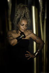 Mo Roots mit Laeh Jones Live Musik im Restaurant Ladenburg Fodys Fährhaus