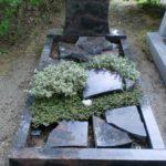 Hockenheim: Vandalen verursachen auf Friedhof großen Schaden