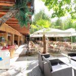 Restaurant Fodys Fährhaus Ladenburg: Biergarten mit Hawai Bar, Chillecken, Strandstühle, Ruhezonen, Spielplatz, Rollstuhlparadies