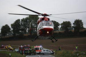Mühlhausen,Angelbachtal, B39: Drei Personen bei Frontalzusammenstoß schwer verletzt; Eine davon lebensgefährlich, blaulicht, Polizei,