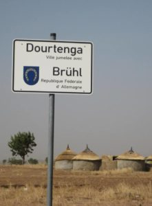 Afrikatage Brühl, 20 Jahre Partnerschaft Brühl - Dourtenga, Burkina Faso und 25 Jahre Förderkreis Dourtenga eV - TVüberregional (c)