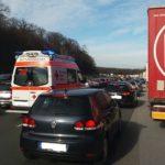 Hockenheim-Sinsheim: Hohes Unfallaufkommen auf A 6; mehrere Verletzte, hoher Sachschaden; viele Kurzurlauber unterwegs.