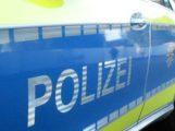 Alle vier Räder mit Alufelgen von geparktem Audi gestohlen – Polizei sucht Zeugen