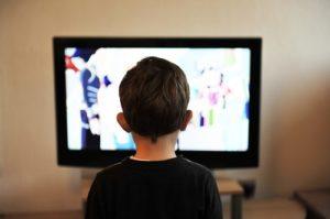 Der Fernseher und sein Einfluss auf unsere Kultur