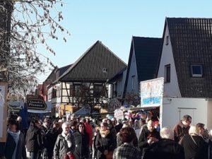 Graben- Neudorf (jk)- Wie in den vergangenen Jahren, stand die Gemeinde Graben- Neudorf auch in diesem Jahr unter dem Zeichen der Martinikerwe im Ortsteil Graben.