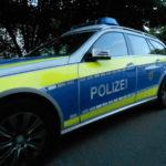 Wiesloch, Rhein-Neckar-Kreis: LKW-Fahrer rammt beim Abbiegen geparkten PKW und entfernt sich – Zeugen gesucht!