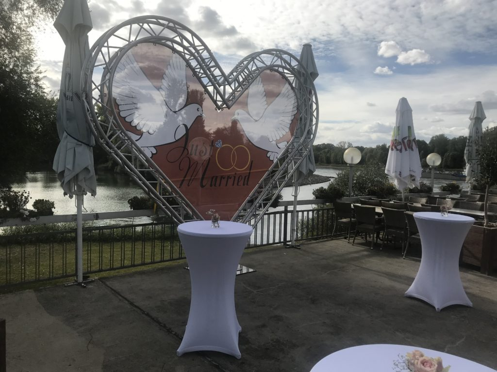 Valentinstag Liebesessen Im Griechischen Restaurant Poseidon Im