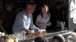 100 Liter Freibier für alle Besucher, gespendet vom Gewerbeverein Dielheim, die anschließenden Live Musikveranstaltungen mit 2 Musikbands waren der Höhepunkt des Tages.