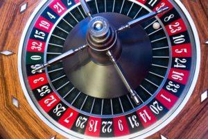 Das Online Glücksspiel boomt weiter - Zwischen harmloser Freizeitbeschäftigung und Sucht
