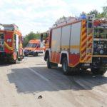 Lkw-Fahrer erleidet medizinischen Notfall und verursacht Unfall