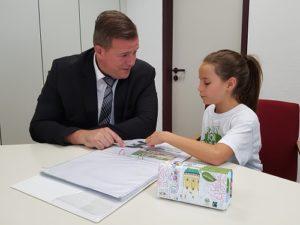 Oberbürgermeister Zeitler neuer Schirmherr von Plant-for-the-Planet Die Aktionen der jungen Botschafter für Klimagerechtigkeit von Plant-for-the-Planet in Hockenheim sind in aller Munde.