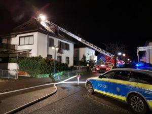 Pressemeier, Feuerwehr Hockenheim, Dachstuhlbtrand, Onlinezeitung TVueberregioganl, Hockenheim Lokal,