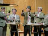 MGV Frohsinn Baiertal ritzt künstlerische Kerbe ins Gemeindehaus
