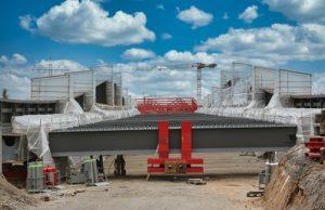 Der Stahlkoloss kommt im Takt, Stahlbruecke, 500 Pixel, Autobahn A6