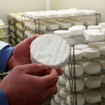 Coronavirus, Covid-19 ist Gefährdung für französischen Käse und Wein