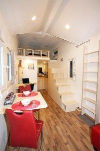 Rolling Tiny Haus Prototyp zu verkaufen. Whatsapp Nachricht - Besichtigungstermin 0176-73186813