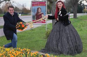 Dieses Jahr musste sich Prinzessin Anne-Kathrin I. vom Zauberwald den Rathausschlüssel im Freien erkämpfen. (Foto: Lenhardt)