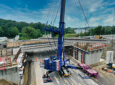 Bundesstraße für Brückenneubau gesperrt – Fertigteile wiegen bis zu 100 Tonnen