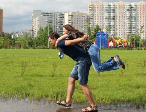 Monotonie ade - Mehr Abwechslung in der Beziehung, Abwechslung statt Routine - Der Beziehung frischen Wind verleihen